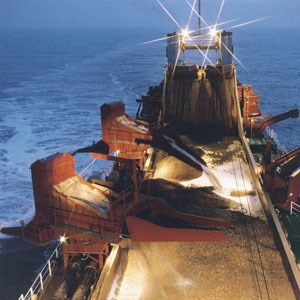 Aggregate Dredging © British Marine Aggregate Producers Association